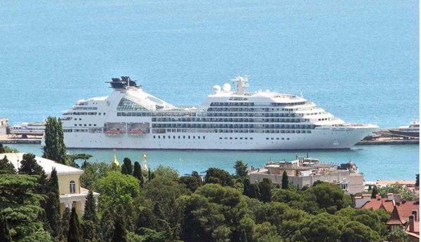 Между Крымом иСочи будет ходить девятипалубное круизное судно
