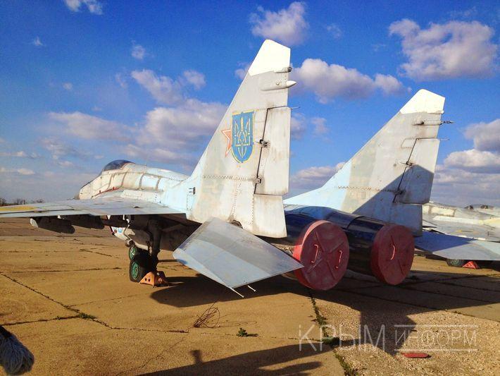 Киев обиделся на предложение Путина вернуть находящуюся в Крыму украинскую военную технику